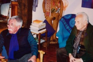 Guy Bardone et René Genis à Bandol, le jour de la signature de la donation, le 4 avril 2002.